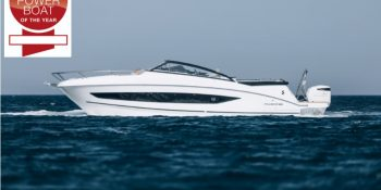 "Le Bénéteau Flyer 10 élu ""European Powerboat of the Year 2020"""